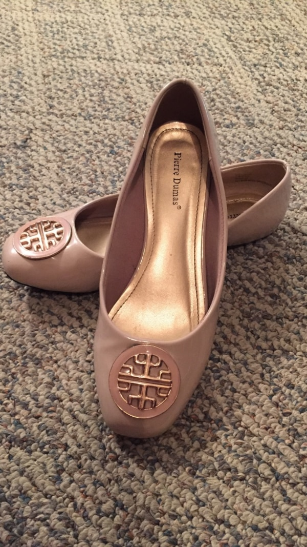 6fc41543b Used Size 8 Pierre Dumas Cream Colored Ballet Flats for sale in Myrtle  Beach - letgo
