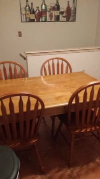 Kitchen Table Lake Saint Louis
