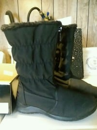 Totes Boots..