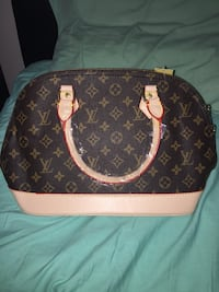 Lv bag medium size Mississauga, L5B 0E8