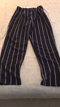 Navy/white pinstripe pants size 2.   Brand new/tag still attached Burnaby, V5A