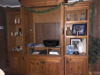 brown wooden TV hutch with flat screen television Mantua, 44255