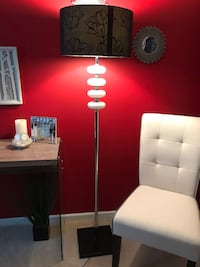 NEW 5ft Modern Floor Lamp