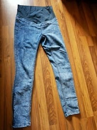 blue denim straight cut jeans Brampton, L6X 0T9