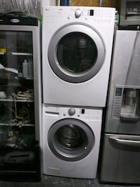 LG 27 in front load washer gas dryer set The Bronx, 10456