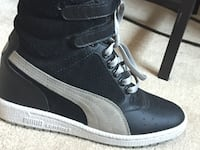 Pair of black-and-white high top sneakers Brampton, L6Z 0A6