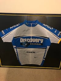 Lance Armstrong Signed Jersey  Reston
