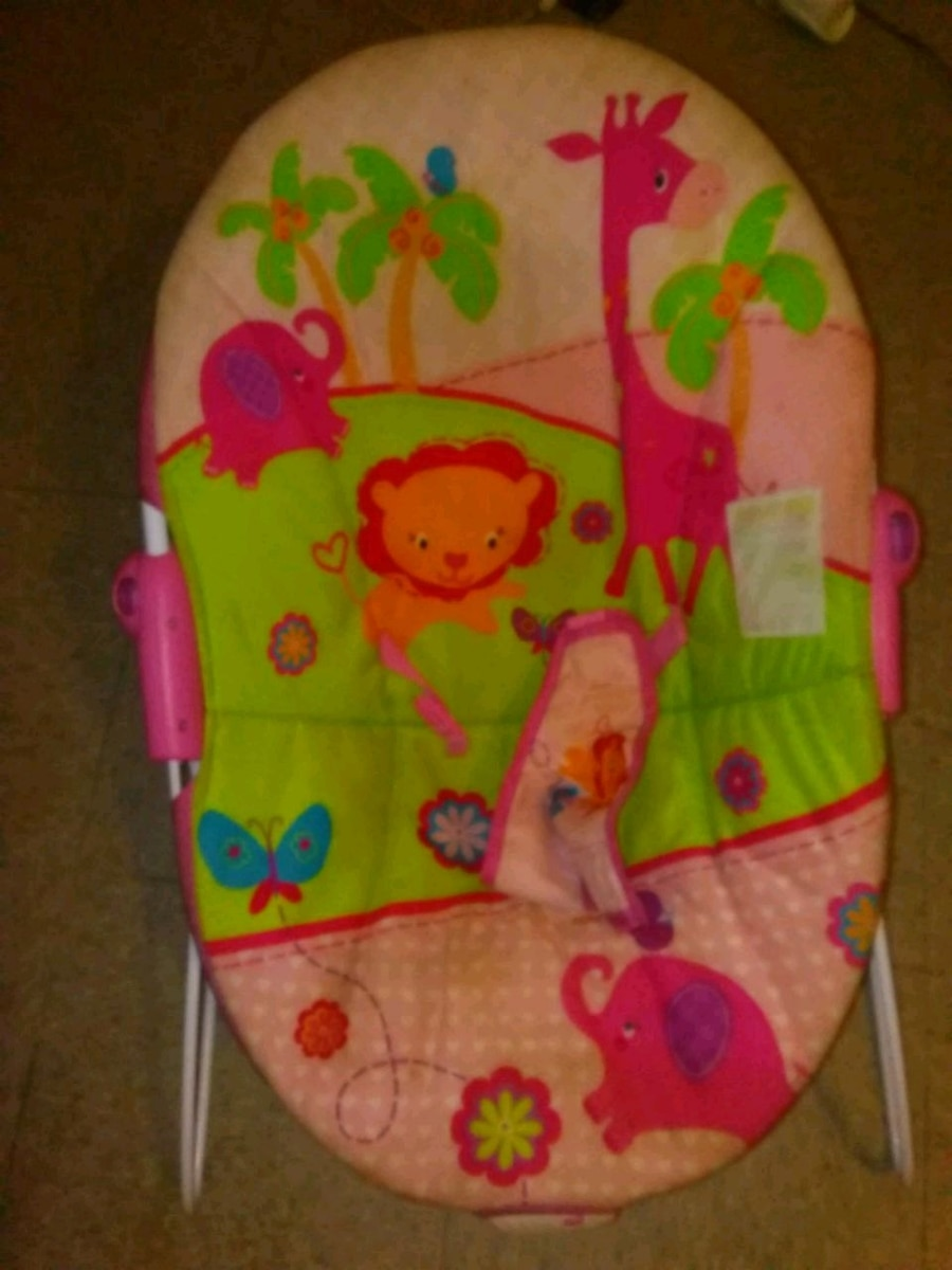 baby's pink and green bouncer for sale  New Orleans