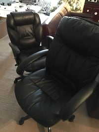 2 Rolling office chairs Germantown, 20874