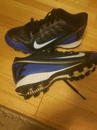 Nike youth cleats White Marsh