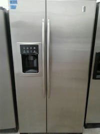 silver side-by-side refrigerator with dispenser Modesto, 95351