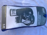 Set of 12ounce boxing gloves (brand new) Chesapeake, 23320