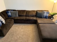 3 piece sectional with ottoman  Severn, 21144