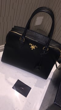 Prada Esplanade Black Leather Bag For Sale! Burlington, L7L