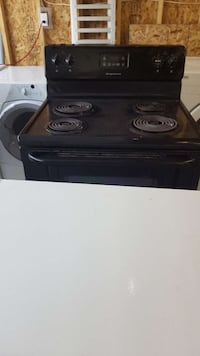 Electric stove 100.00 call  [PHONE NUMBER HIDDEN]  London, N6J 1W6