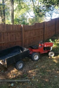 Lawn tractor with cart