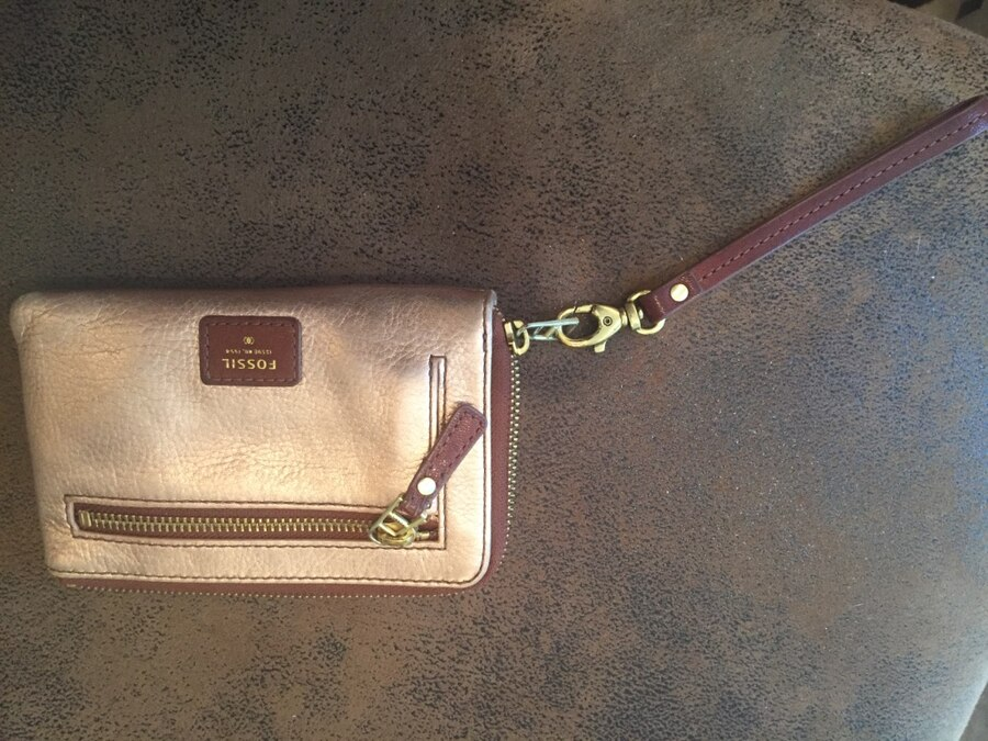 brown and gold fossil wristlet - AL