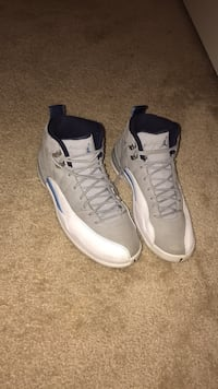 pair of white-and-blue Air Jordan shoes Dumfries, 22026