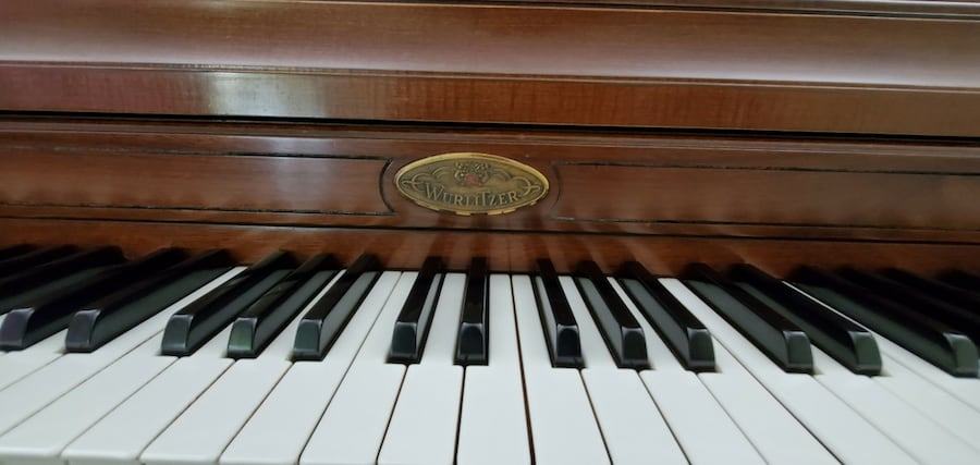 "42"" Wurlitzer Upright Piano with Bench cba31941-8821-4c85-9f84-1df6a25489ad"