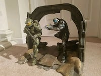 Master Chief & Spartan Locke Statue Model Herndon, 20171
