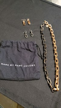 Marc Jacobs Rose Gold & Black Link Necklace with Earrings  Washington, 20019