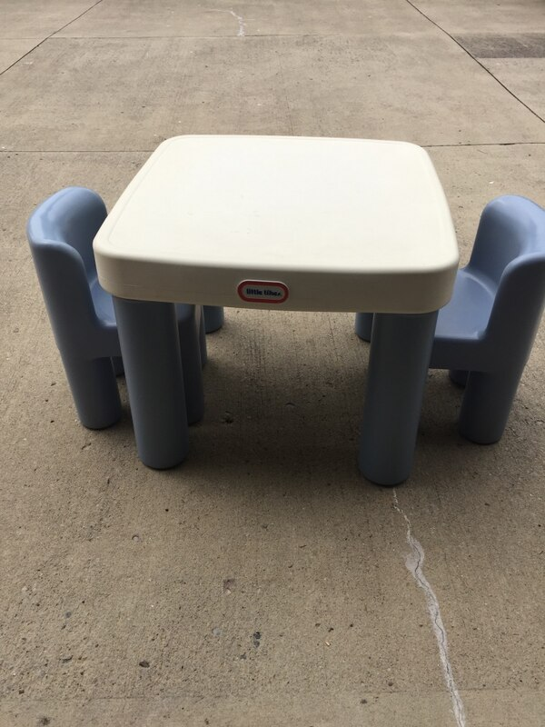 Vintage Little Tikes Table And Two Chairs Blue And White