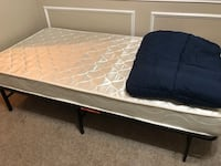 Mattress, frame and blanket Dallas, 75252