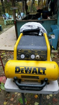 dewalt d55146 air compressor needs work Bristow, 20136