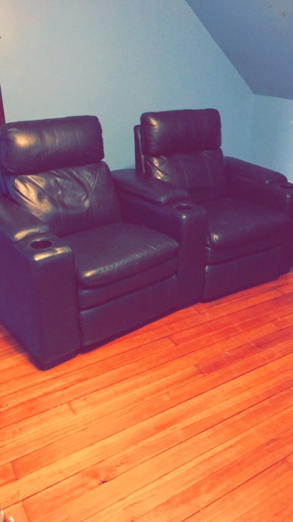 Pleasing Two Black Leather Recliner Chairs Machost Co Dining Chair Design Ideas Machostcouk