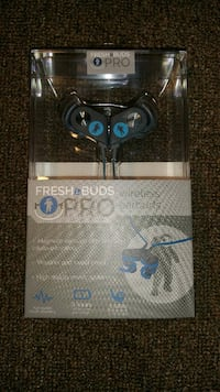 NEW Wireless Earbuds Magnetic  Manhasset, 11030