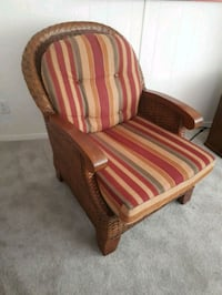 2 whicker chairs Innisfil, L9S 2C2