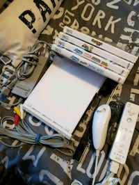 Wii bundle  Port Colborne, L3K 5X1