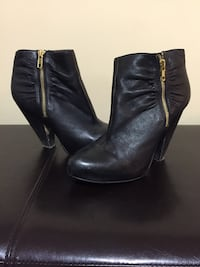 Black Leather Chinese Laundry Ankle Booties Size 9 Coquitlam, V3K 2B9