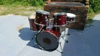 5 piece pearl drums only Fort Pierce, 34947