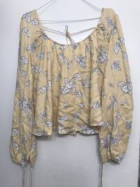 Yellow Blouse Los Angeles, 90025