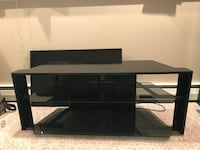 TV stand St. Charles, 60174