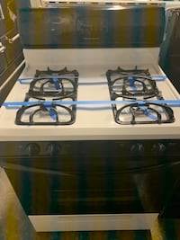 Gas stove working perfectly  Baltimore, 21223