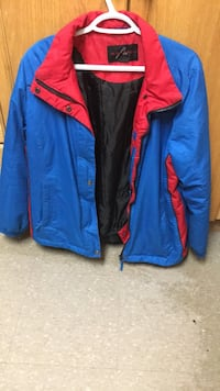 Blue and red zip-up winter jacket St Catharines, L2R 5C5