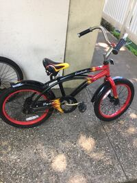 red and black BMX bike New Rochelle, 10801