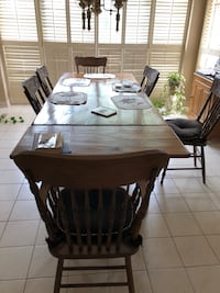 Table and chairs- solid wood dining pine Richmond Hill