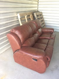 Leather recliner   Airdrie, T4A 1G2