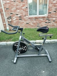 Spinner sport indoor Cycling bike exercise machine Cliffside Park, 07010