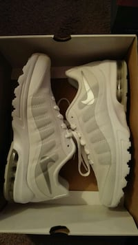 Nike Air Max Invigor Gr. 38,5 - NEU,  [TL_HIDDEN]  Kerpen