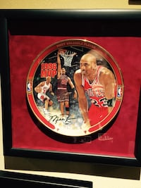 Michael Jordan collector plate. Limited Edition. Certificate of authenticity. Vaughan, L6A 4C9