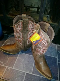 pair of brown leather cowboy boots Columbus, 43204