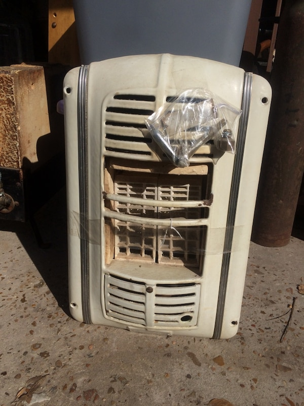 Vintage Lawson No 100 Gas Bathroom Wall Heater
