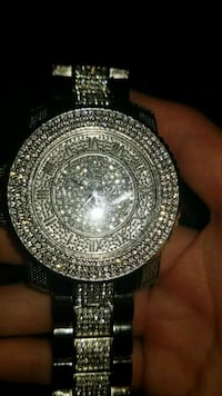 Diamond watch Winnipeg, R2L 0Z2