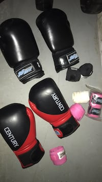 boxing gloves and hand wraps Stony Plain, T7Z 1L4