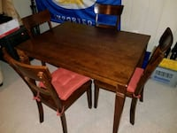 Solid Wood Dining Table and 4 Chairs Set Falls Church, 22043