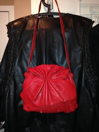 **Extremely Rare** Vintage Red Carlos Falchi Leather Shouler/Crossbody Bag